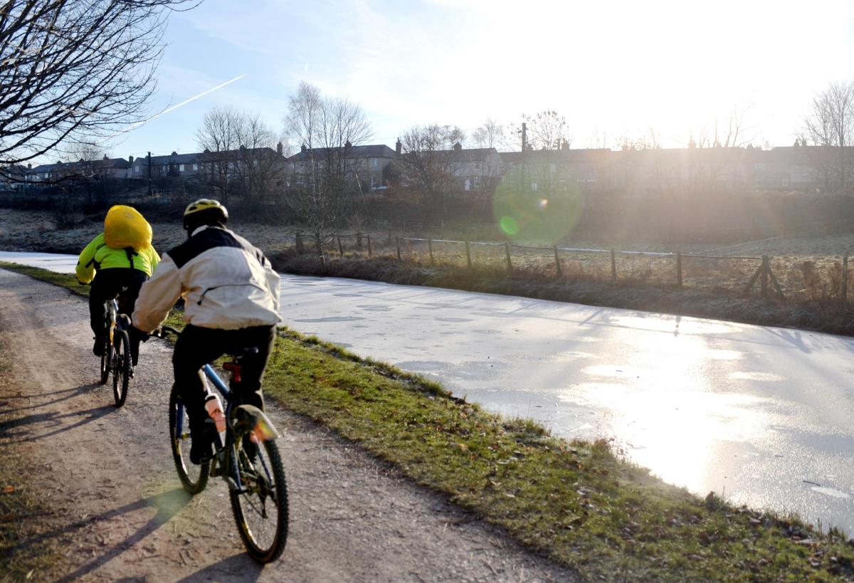 Aire Valley Towpath Route